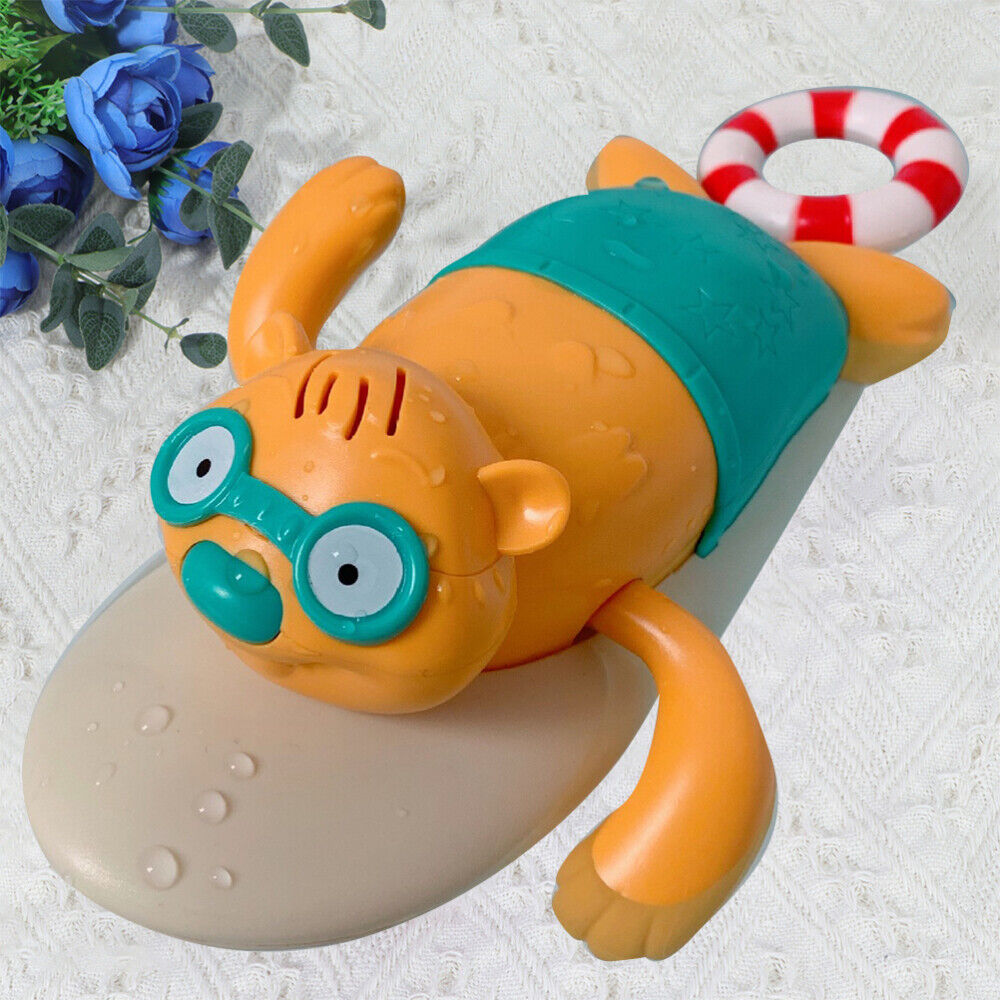 1PC Cartoon Bath Toy Lovely Clockwork Bathing Toy Funny Water Play