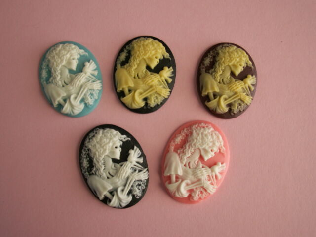 Skull Cameos Cabochons, 5 PIECES, Costume Jewelry Supplies, Gothic, Lolita