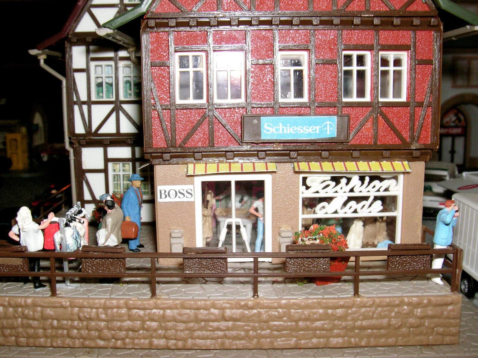 Altstadt Diorama mit Markt 2 1 87 Preiser Busch Elektronik Herpa Wikking Teil 2