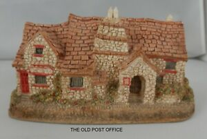 Lilliput Lane; The Old Post Office  Unboxed