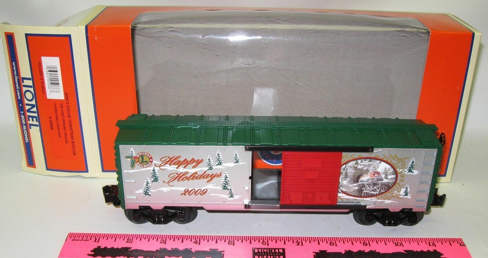 Lionel New 6-25066  2009  Christmas boxcar