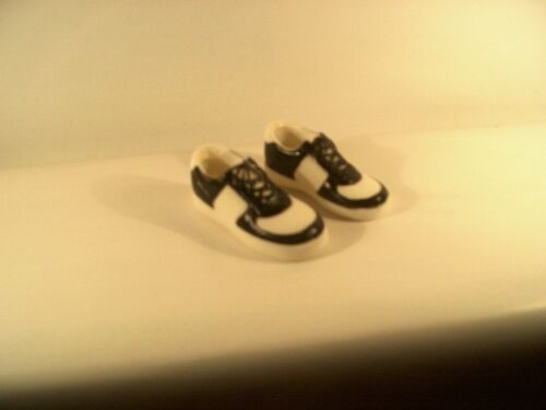 """World Peacekeepers tennis shoes sneakers 12/"""" 1//6 GI Joe Soldiers of the World"""