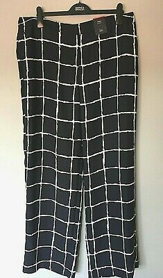 LADIES M/&S SIZES 12 OR 14 NAVY WHITE WIDE LEG MID RISE TROUSERS FREE POST