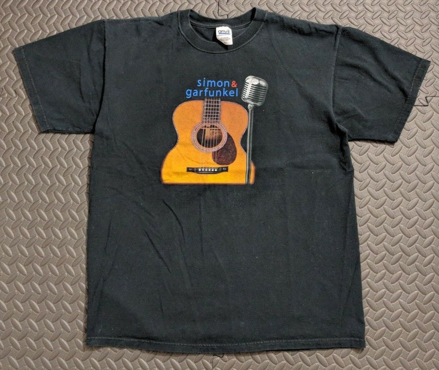 22ceb07e Vintage Simon and Garfunkel 2004 Concert Tour Men's Tee Shirt sz LARGE