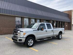 2011 Ford F 350 XLT 4x4 CREW CAB 8FT BOX