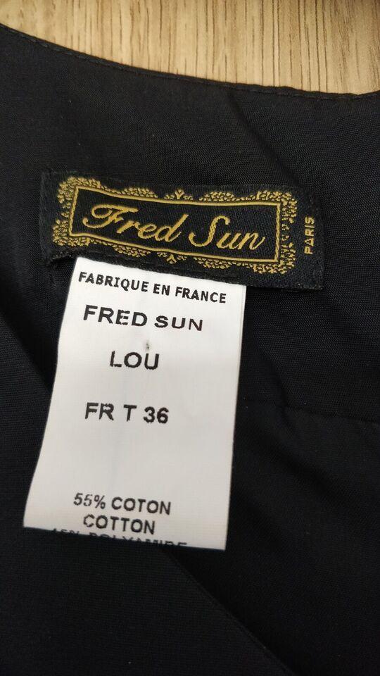 Festkjole, Fred Sun, str. S