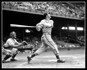 Stan-Musial-Photo-8X10-St-Louis-Cardinals-1946-Buy-Any-2-Get-1-Free