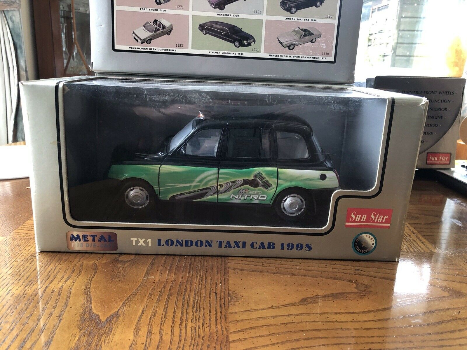 1 18 LONDON TAXI CAB TX1 - GILLETTE