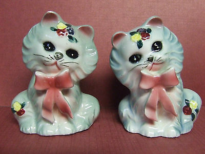 Vintage Kitty Cats w/Bows & Flowers Salt & Pepper Shakers