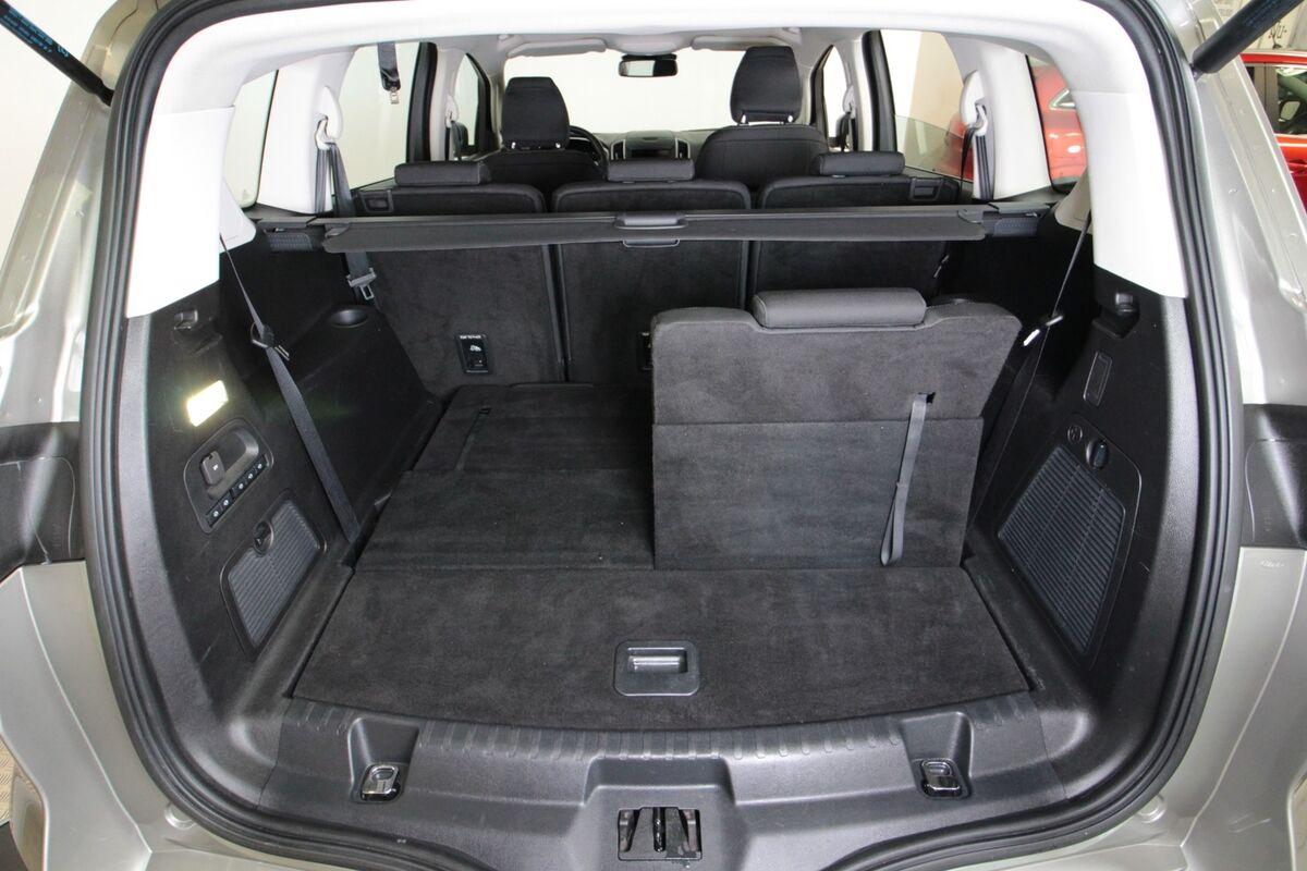 Ford S-MAX 2,0 TDCi 180 Titanium 7prs