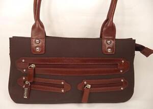 Détails sur Marta ponti sac à main sac épaule marron finitions en cuir doubles bretelles afficher le titre d'origine