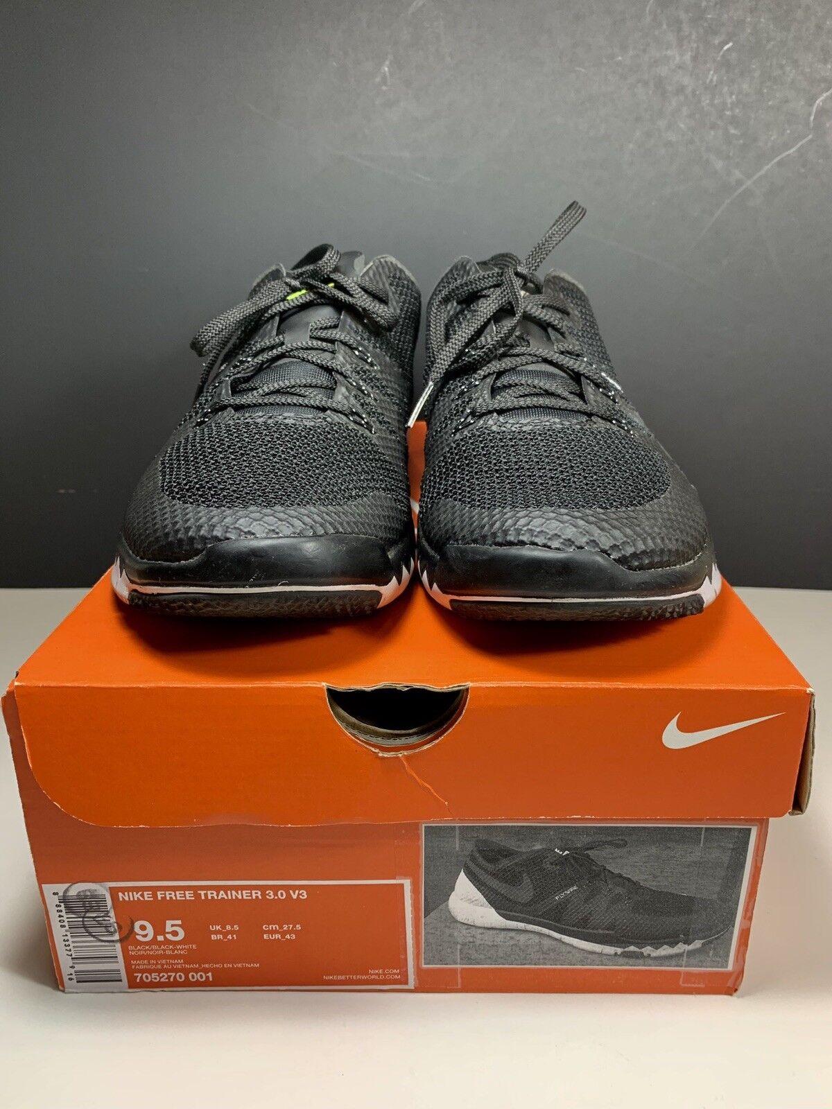 Mens Nike Free Trainer 3.0 V3 Size 9.5 (705270-001)