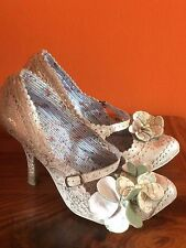 Womens Irregular Choice Silver Cream Heeled Wedding Court Shoes Size UK 7 , 40