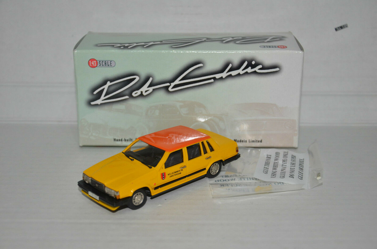 rara    Volvo 760 GAL taxi 1987 Brooklin Rob Eddie RE.32X 1 43 Lim. 1 de 250