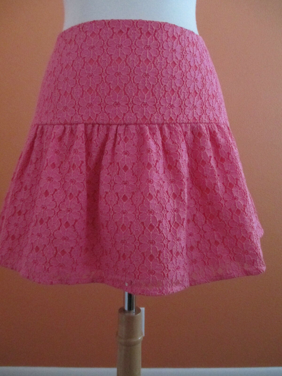 New Lilly Pulitzer Size 8 Hotty Pink Earna Daisy Lace Mini Skirt