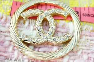One-Authentic-Chanel-Button-1-pieces-gold-emblem-2-inch
