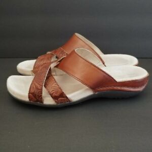 ad9a74f57 Image is loading Rockport-Brown-Leather-Slide-Sandals-Embossed-Flowers -Womens-