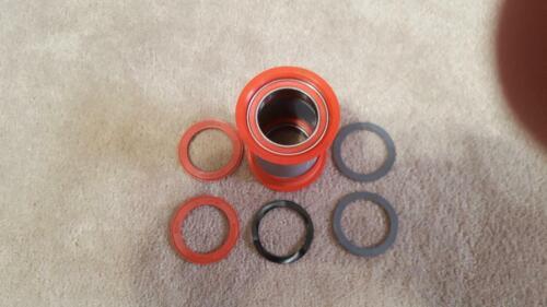 FSA Ceramic Bottom Bracket Press Fit Ceramic Bearings PF30-BB30 Brand New!