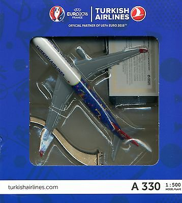 Turkish Airlines A330 1:500 model plane new in box