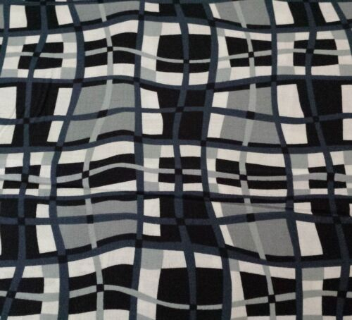 Ebony /& Ivory Kensington Studios BTY Quilting Treasures Black Gray Wavy Plaid