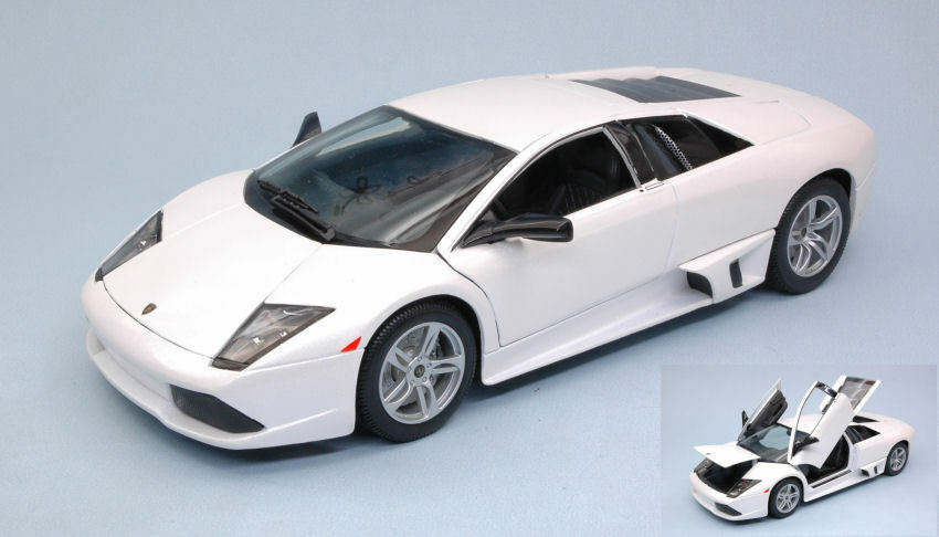 Lamborghini Murcielago LP640 2007 blanc 1 18 Model 31148W MAISTO