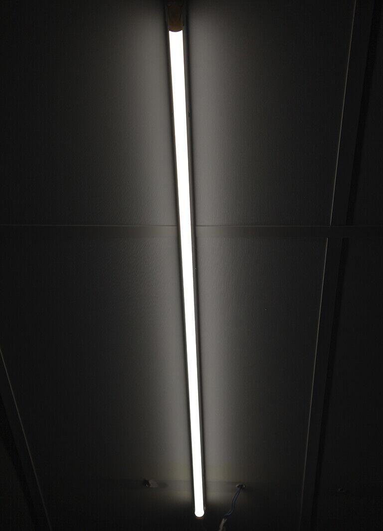 Liquidación Tienda: Tubo fluorescente LED 120 cm. 220 V 18 W Luz...