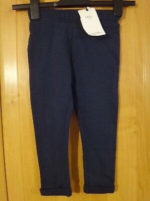 Di Larghe Vedute M & S Navy Cotone Rich Jogging Pantaloni Bnwt Età 2-3-mostra Il Titolo Originale Smoothing Circulation And Stopping Pains