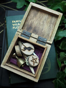 Witches-Travel-Altar-Set-amp-Box-Wand-Athame-Chalice-Pentagram-Witch