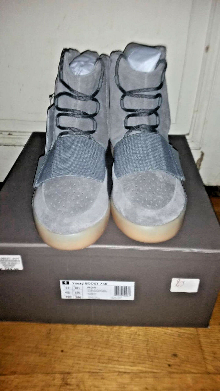 new style 491dc 34225 ... Adidas X Kanye West YEEZY 750 Gris Gum OG ALL DS d2237d ...