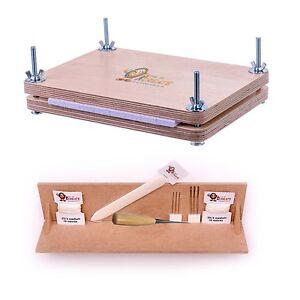 Reliure Super Deluxe Starter Kit-a4 Avec Perforation Berceau Et Livre Presse-afficher Le Titre D'origine Brillant En Couleur