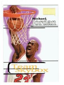 Michael-Jordan-1997-98-SkyBox-Premium-235