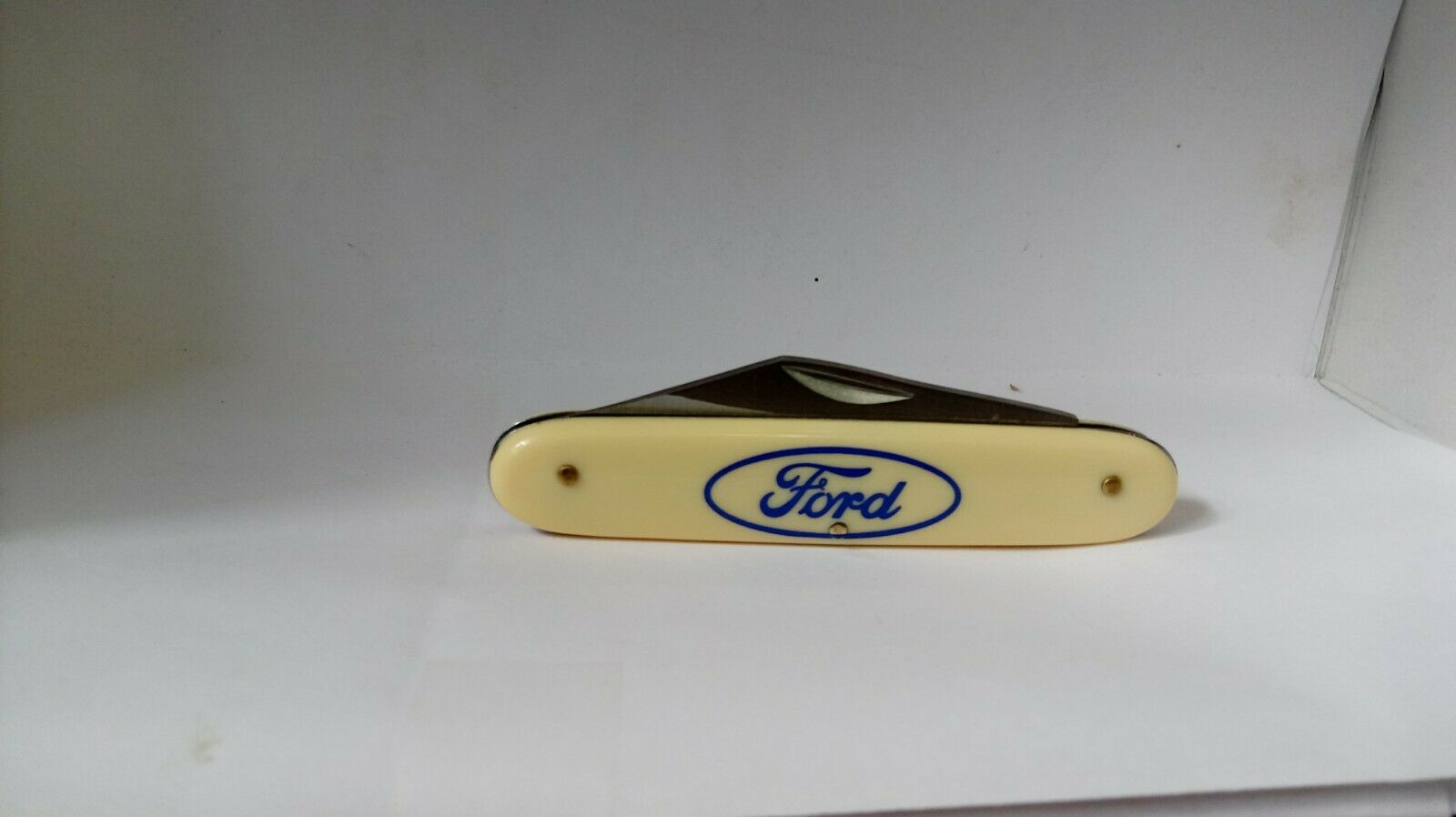 FORD LOGO in BLUE NOVELTY KNIFE   BY FROST CUTLERY