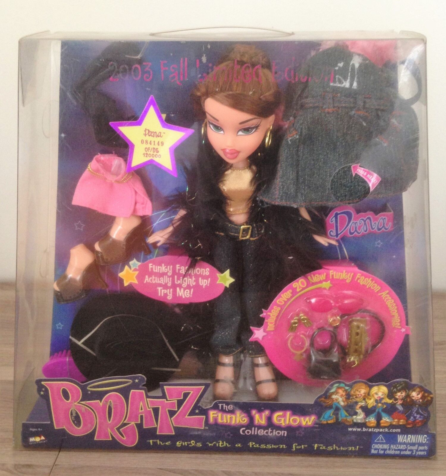 BRATZ Funk 'N Glow Collection Dana 2003 Fall Limited Edition MGA NEW