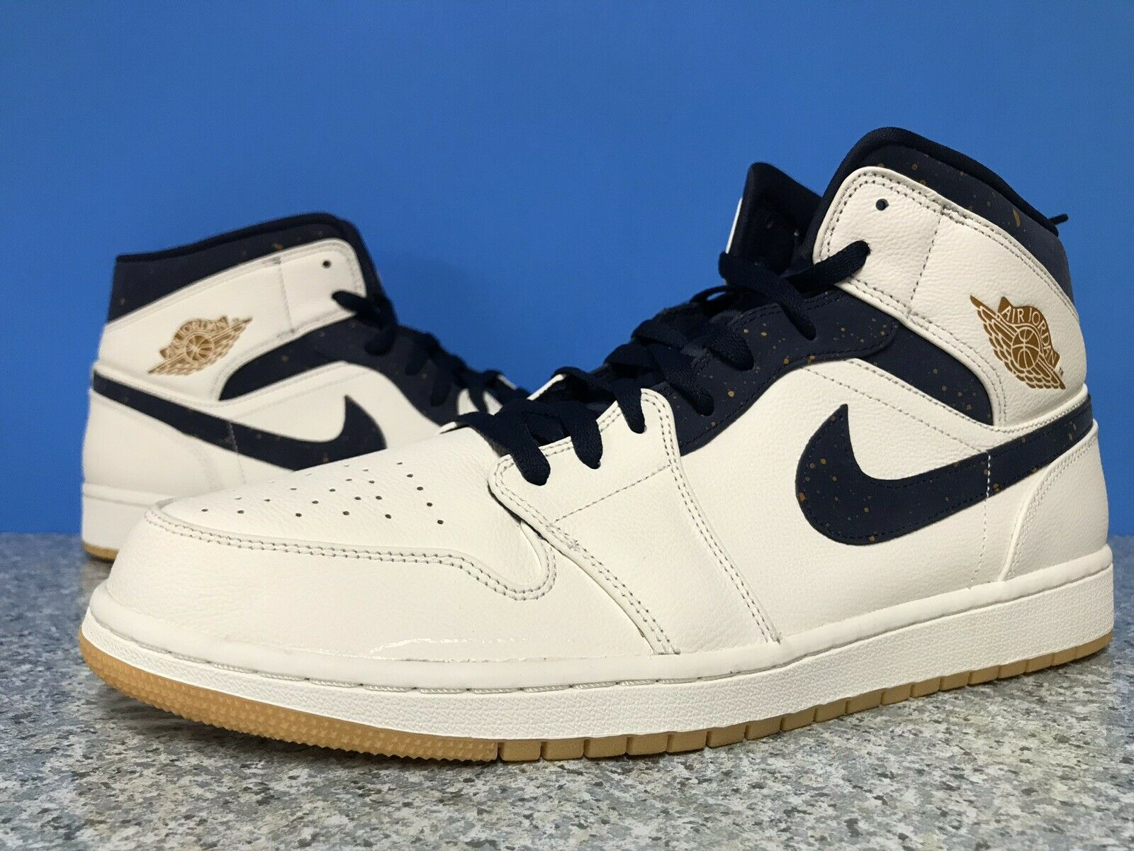 best sneakers f1a39 b0a04 Nike Sz 14 Air Jordan 1 Mid Derek Jeter AH6342-104 RE2PECT New York Yankees