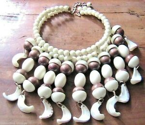 """FRENCH 1960s WOMAN TRIBAL ETHNIC NECKLACE - DANGLING SEASHELL BEADS STRINGS -NEW - France - Commentaires du vendeur : """"PERFECT NEW CONDITION - AUTHENTIC ORIGINAL VINTAGE - MADE IN FRANCE"""" - France"""
