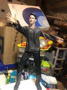 McFarlane-The-Matrix-Series-2-Neo-Revolution-Reloaded-Action-Figure-Keanu-Reeved