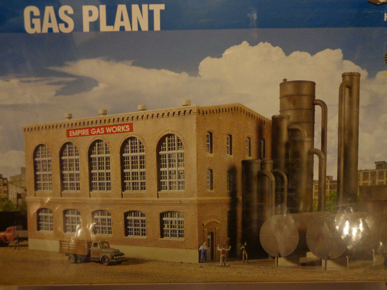 Walthers Cornerstone HO  2905 Gas Plant w/washing tank