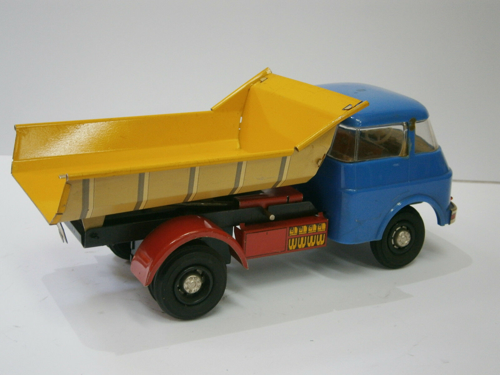 Vintage Rare DDR allemand friction TOY TIN VOITURE CAMION Tip CAMION  Miss VEB  SKODA