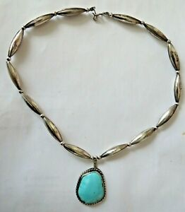 Vintage-Sterling-Silver-Bench-Bead-Necklace-Turquoise-Pendant