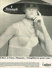 PUBLICITE ADVERTISING 045  1966  TRIUMPH  soutien gorge COMPLIMENT