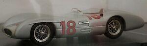 1-43-MERCEDES-W196-1954-JUAN-MANUEL-FANGIO-F1-FORMULA-1-COCHE-DE-METAL-A-ESCALA