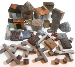 Downtown-Deco-HO-Scale-40-Piece-Unpainted-Building-Detail-Vents-Chimneys-Sheds