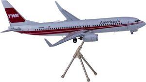 1:200 GeminiJets American BOEING 737-800 Passenger Airplane Diecast Plane Model
