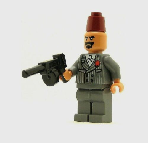 Lego Indiana Jones Grail Guardian Minifigure With tommy Gun New from set 7197