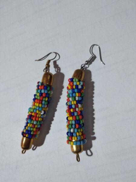 Angemessen Große Perlen Ohrringe Handarbeit Afrika Seed Beads Bunt Letzter Stil