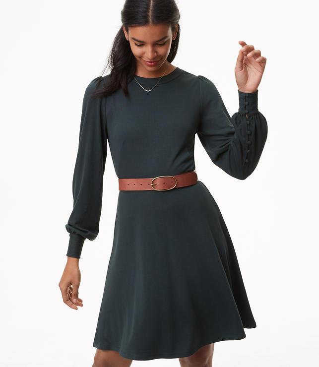 b85e1ad99d NWT NWT NWT Ann Taylor Loft Petite Blouson Flare Dress in Deep Bottle Green  14P v a28c78
