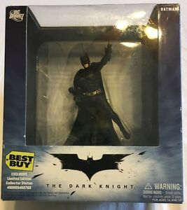Batman-The-Dark-Knight-Statue-Best-Buy-Exclusive-Limited-Ed-Never-Taken-Out