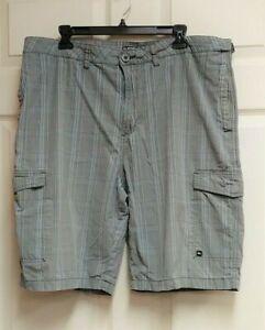 Quiksilver-Quik-Silver-Men-039-s-Gray-amp-Blue-Plaid-Cargo-Shorts-6-Pockets-Size-38
