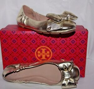 b56f2cfa266 Tory Burch Divine bow driver ballet flats Spark gold women s size ...