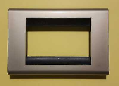 OFFERTA PLACCA 3 posti 4713 AC ANTRACITE USATA PERFETTA BTICINO LIVING CLASSIC